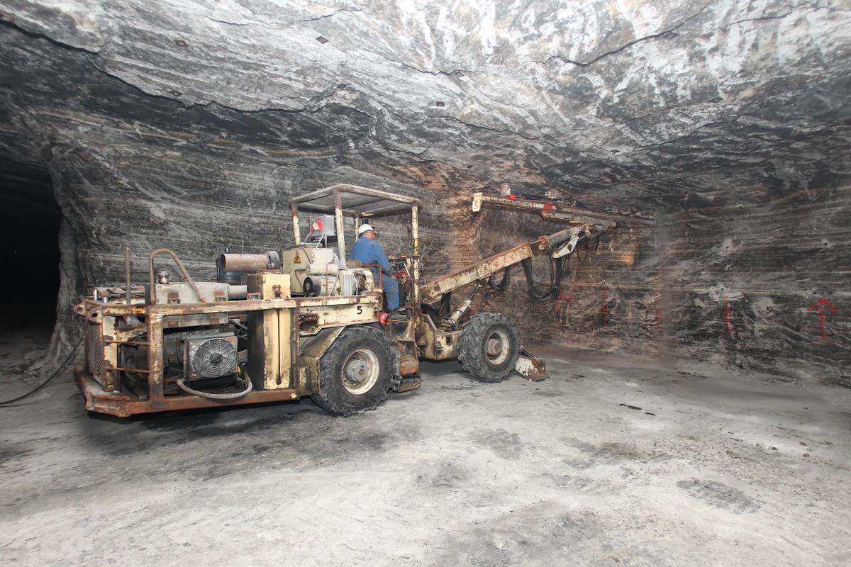 Forage dans la mine de Varangéville
